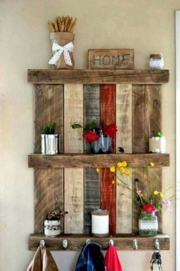 33 Creative And Easy DIY Pallet Wall Art Ideas To Try 27