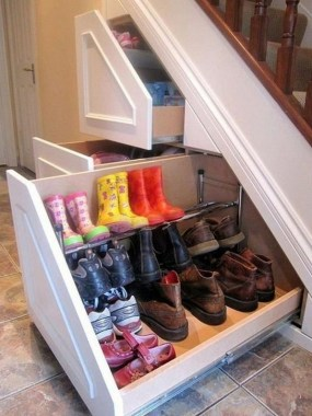 34 Creative And Amazing Ways To Use The Space Under Your Stairs 24