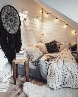 35 Cozy Nook Ideas To Sip On A Cup Of Tea And Read A Good Book 10