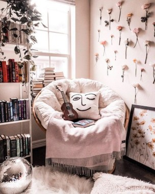 35 Cozy Nook Ideas To Sip On A Cup Of Tea And Read A Good Book 18