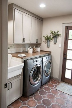35 Laundry Room Design Ideas That Will Make You Want To Do Laundry 01