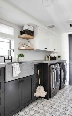 35 Laundry Room Design Ideas That Will Make You Want To Do Laundry 28