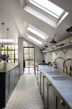 35 Light Fixtures That Will Make A Big Difference In Your Kitchen 38