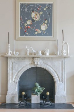 36 Beautiful Fireplace Decorating Ideas To Copy For Your Own 19