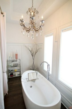 42 Contemporary Lighting Ideas For Your Bathroom Using Chandelier 08