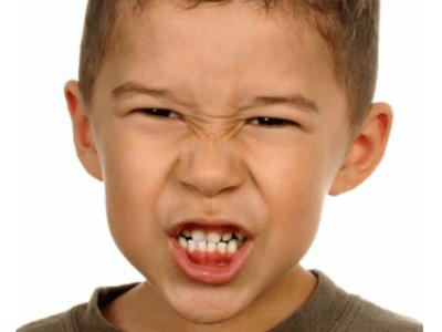 الجز علي الاسنان عند الاطفال,bruxism ,mouth guard ,bruxism treatment ,mouth guard ,teeth grinding, اسباب تكسر الاسنان, الجز علي الاسنان عند الاطفال, علاج حكة الاسنان
