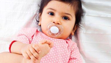 Photo of 10 نصائح مهمة تساعد على الفطام من السكاتة عند الرضع