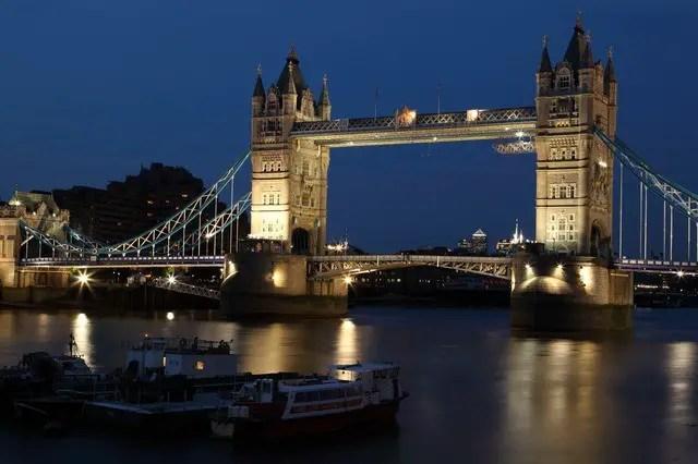 England Facts For Kids - London Bridge