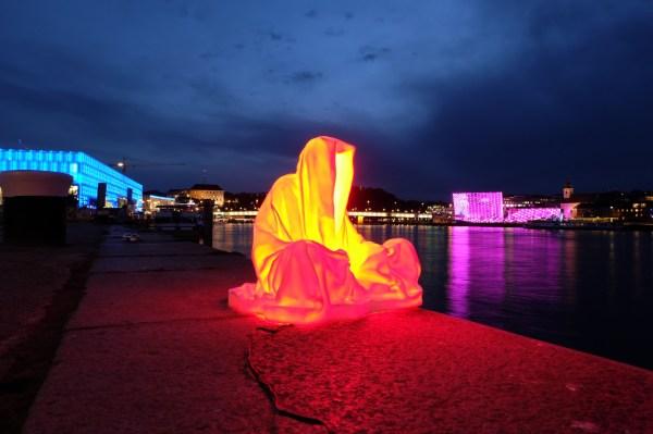 Light Art Installation Modern Famous Sculpture Statue
