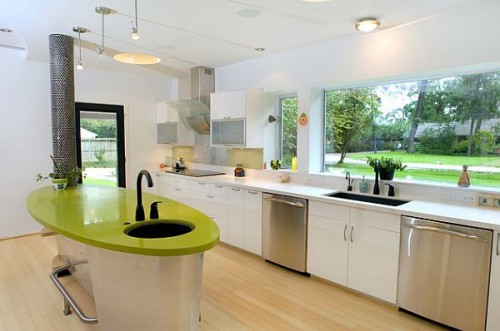 bright-colored-kitchen-with-a-modern-design