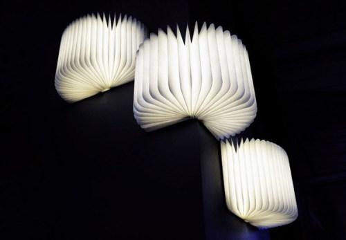 Độc đáo chiếc đèn hình sách Lumio