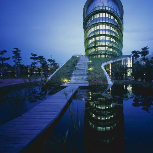 54b494a7e58ece528e000194_factory-on-the-earth-ryuichi-ashizawa-architect-associates_portada_-_-2- (Copy)