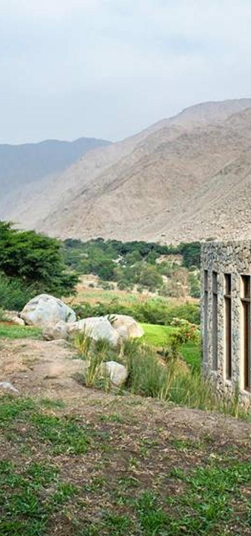 Tầm nhìn bao quát cảnh quan khu vực đồi núi