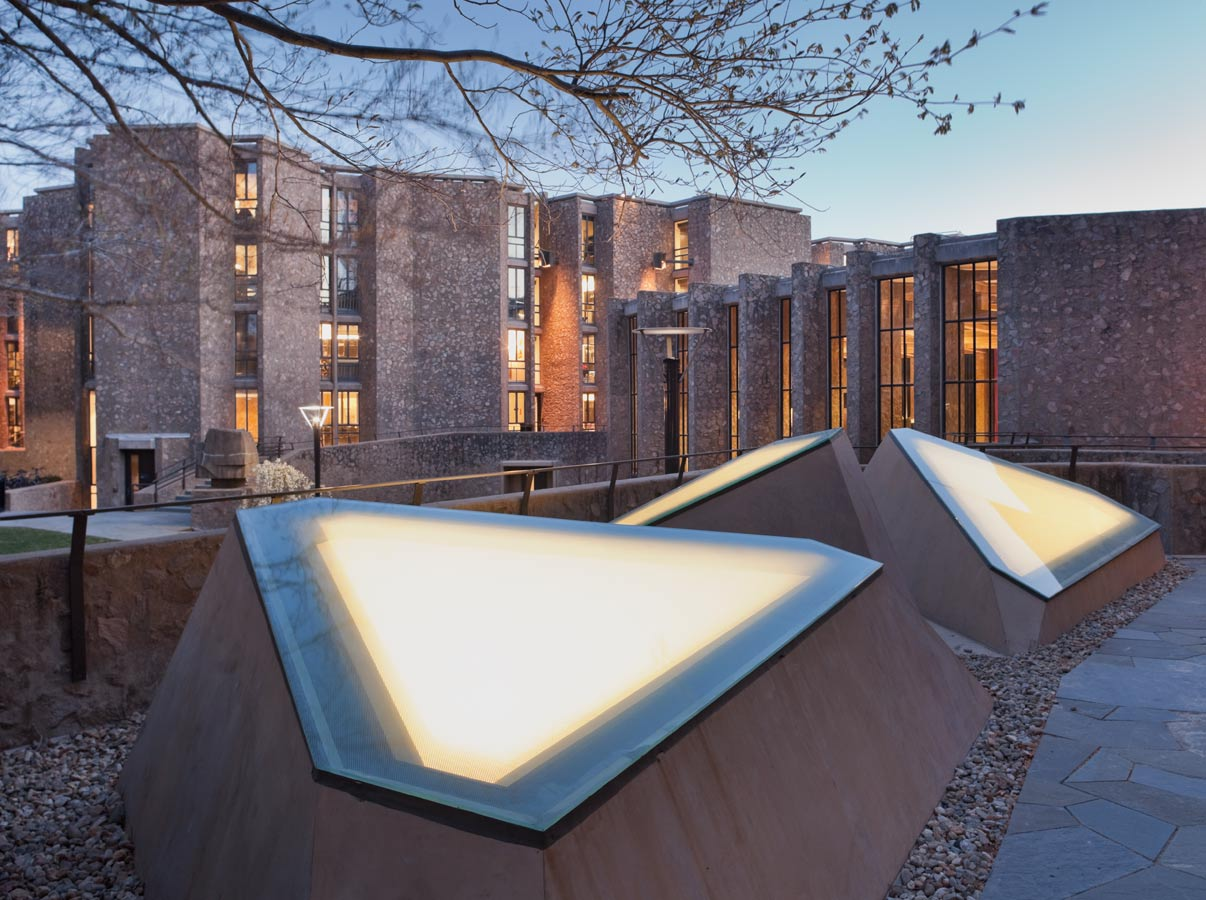 Morse  Ezra Stiles Colleges  Residence Hall Renovation