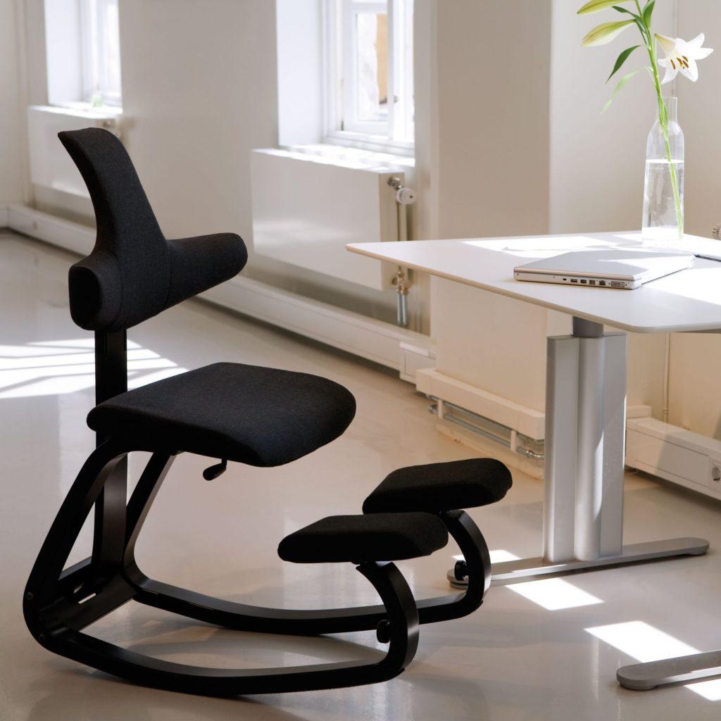 Der einstellbare Balansschaukel Stuhl Thatsit von Varier