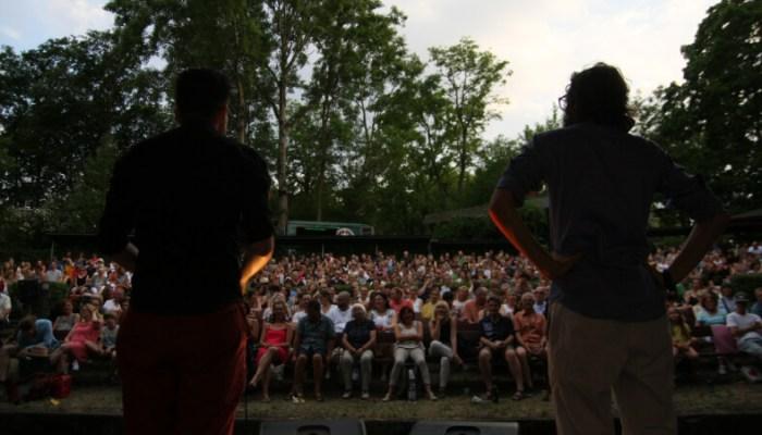 Freiluftkino Friedrichshagen Ostberlin Poetry Slam Publikum