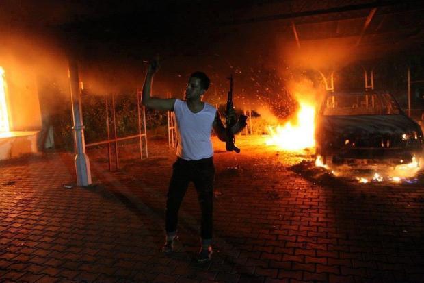 عاجل.. مقتل السفير الأمريكي في ليبيا