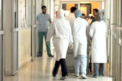 قرار حكومي.. أطباء القطاع العام ممنوعون من الاشتغال في القطاع الخاص