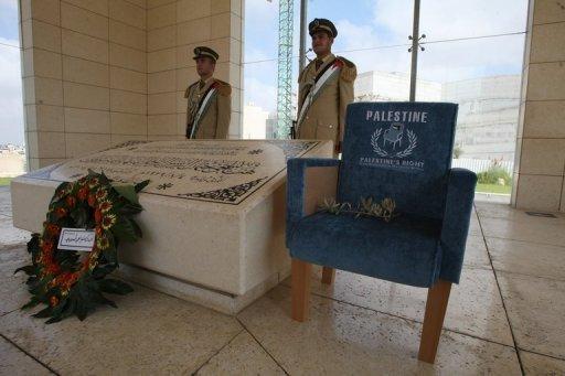 جنازة ثانية للرئيس.. فتح ضريح ياسر عرفات بعد غد الثلاثاء