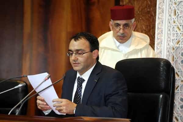 """رد بالك يا السي غلاب… حشومة نقولو """"شششششت"""" في مجلس النواب!!"""