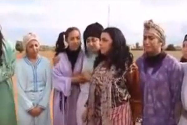 الفيديو المغربي الصادم على اليوتوب.. كيف تفتضين بكارتك في دقائق ودون رجل!!