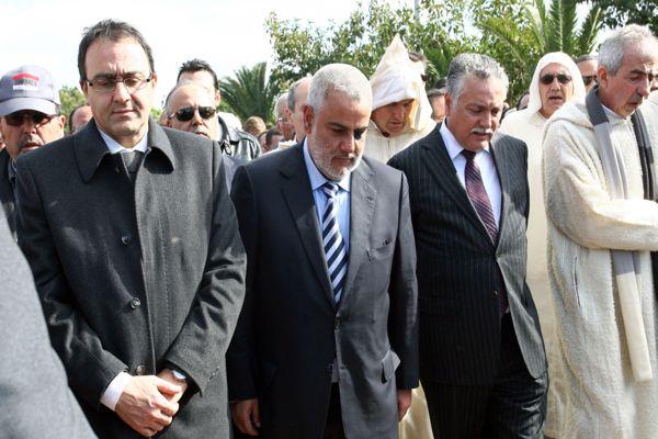 كازا.. رئيس الحكومة في جنازة أسرة برادة (صور)