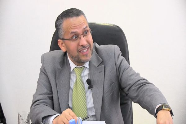 الشوباني يوضح حقيقة مباراة تعيين مدير المجتمع المدني.. وزير البيانات!!