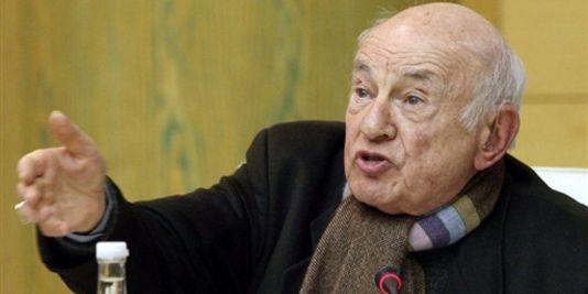 المفكر الفرنسي إدغار موران: فوجئت بما نسب إلي في قضية الصحافي أنوزلا