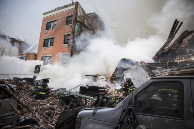بالفيديو والصور.. انفجار قوي يهز نيويورك