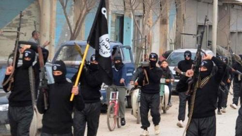 لأول مرة .. فرنسا تغلق خمسة مواقع تمجد الإرهاب وفايس بوك يحارب داعش
