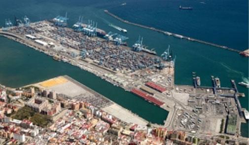 """ميناء طنجة المتوسط.. مجموعة """"إي بي إم طنجير"""" تحطم رقما قياسيا"""