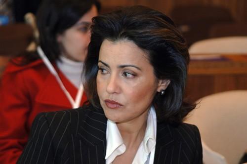 """فرنسا.. الأميرة لالة مريم تفتتح معرض """"المغرب الوسيط"""""""