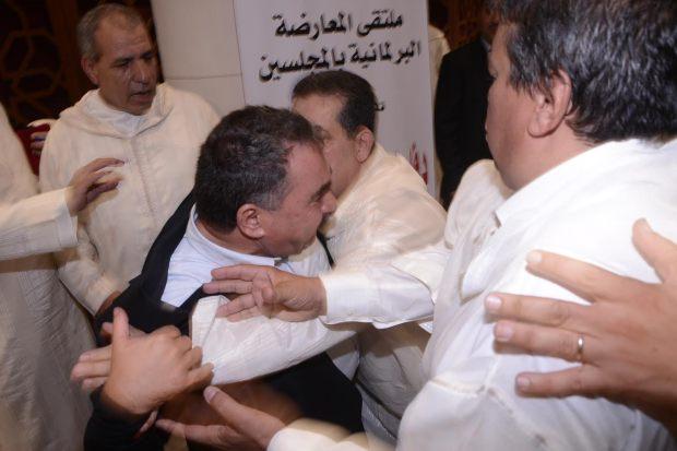 """صور معركة المعارضة.. لقاء """"دفاعا عن الديمقراطية"""""""