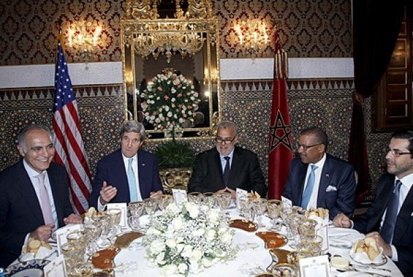 قبل السياسة هناك المجاملة.. وزير الخارجية الأمريكي معجب بالطبخ المغربي