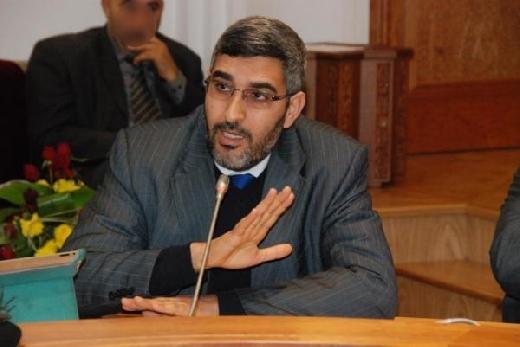 ديمقراطية غريبة.. عمدة كازا يقدم حصيلته أمام شبيبة حزبه فقط!!