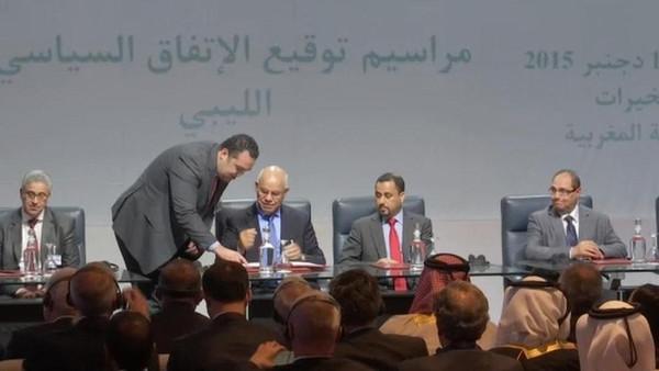 13 وزيرا و5 وزراء دولة.. حكومة ليبيا تُعدل في الصخيرات