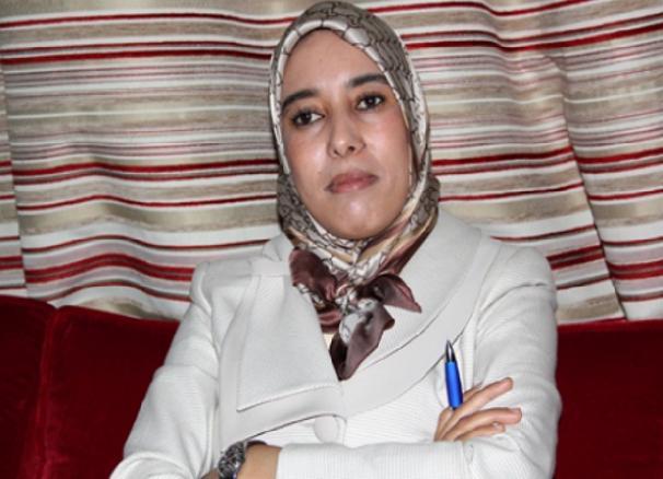 قضية حراك الريف.. أمينة ماء العينين تستدعي وزير الداخلية إلى البرلمان عبر الفايس بوك!