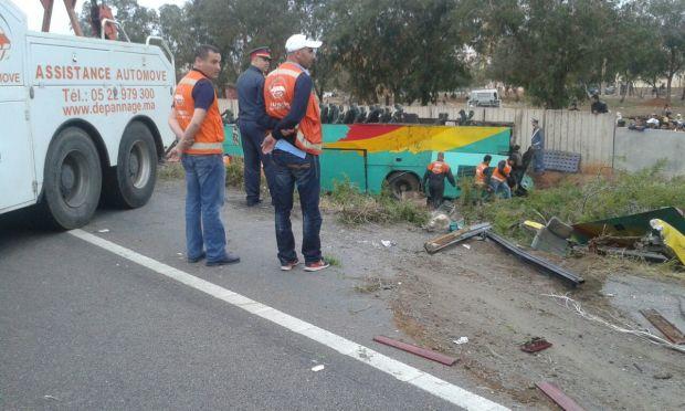 بعدما صدمتها شاحنة من الخلف.. أزيد من 30 جريحا في انقلاب حافلة ضواحي كازا