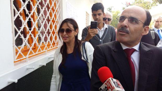 الرباط.. العماري وزوجته في مكتب التصويت (صور)