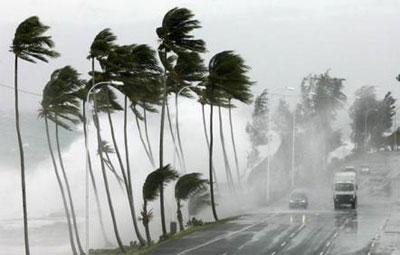 الجمعة/ السبت/ الأحد.. عواصف وأمطار قوية