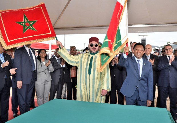 الملك ينفي الإشاعات: مشاريعي في مدغشقر للجميع وليس للمسلمين فقط