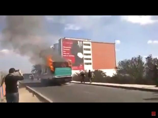 كازا.. حريق في حافلة