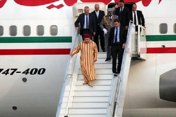 الدار البيضاء.. الملك يعود إلى أرض الوطن