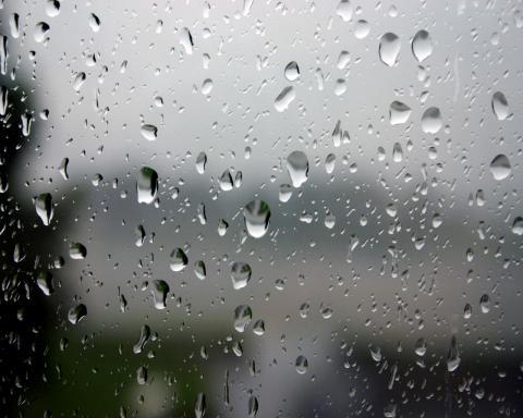 الجمعة.. أمطار خفيفة