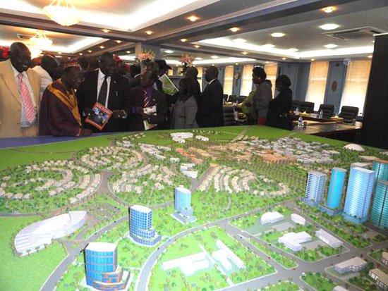 الملك يترجم خطاب القمة الإفريقية على أرض الواقع.. المغرب يبني عاصمة جنوب السودان!