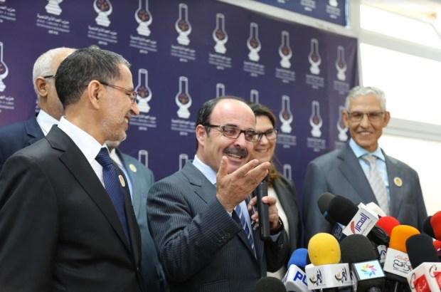 8 ساعات/ 7 أحزاب/ صهب وفوضى/ تامازيغت.. تيجيفي العثماني يدخل المحطة؟ (فيديوهات وصور)