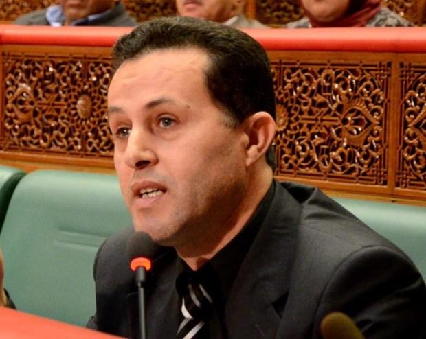 """حذر من الانفجارات الاجتماعية.. قيادي في البام يتنبأ بـ""""تصحيح الحكومة"""""""