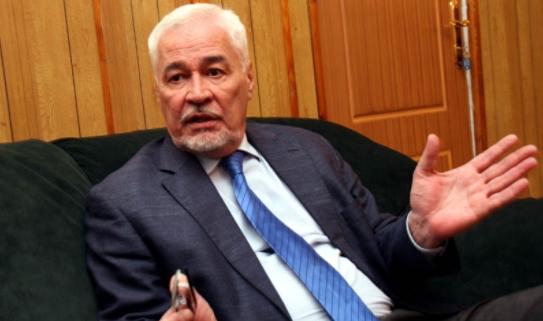 لقاوه ميت فالإقامة ديالو..وفاة السفير الروسي في السودان