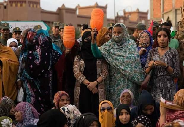 بالصور والفيديو من زاكورة.. وقفة احتجاجية للمطالبة بالماء تتحول إلى مواجهات مع الأمن