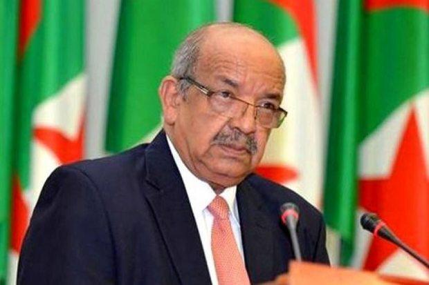 بان مقروص.. وزير الخارجية الجزائري ضارو خاطرو من المغرب!